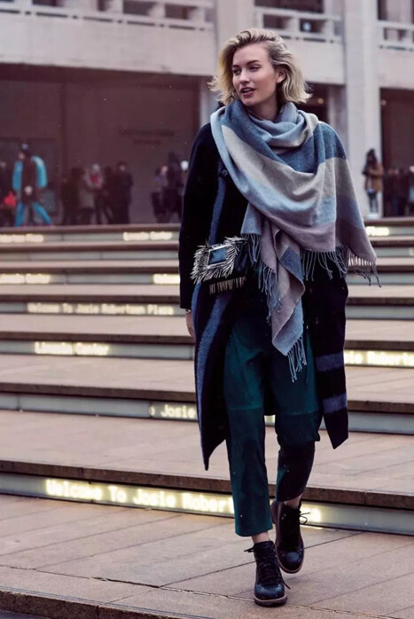 how-to-tie-a-scarf-in-stylish-way-9
