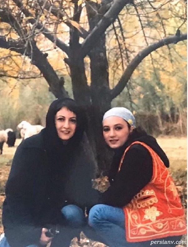 shaghayegh-dehghan-and-her-friends-1